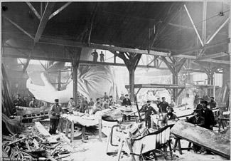 Construcción de la Estatua de la Libertad en los talleres de París.
