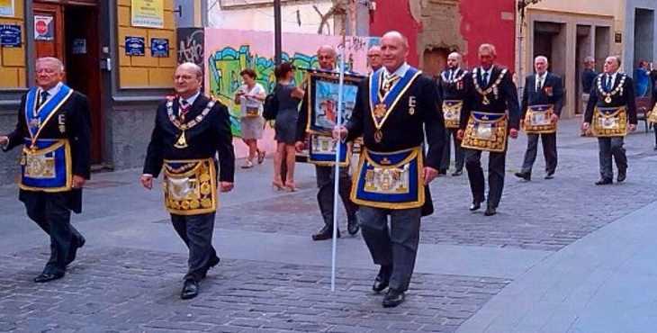 Histórica marcha masónica en las Palmas de Gran Canaria