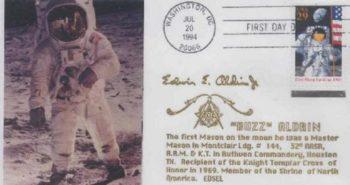 masones en el espacio astronautas