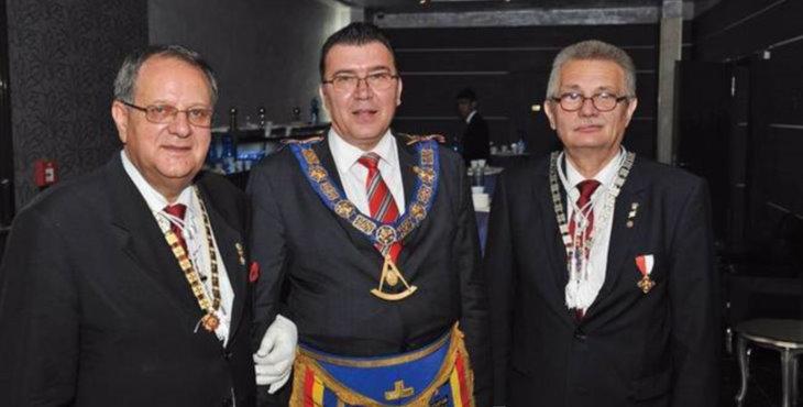 El Gran Maestro de Rumanía suspendido por el descontento de sus miembros
